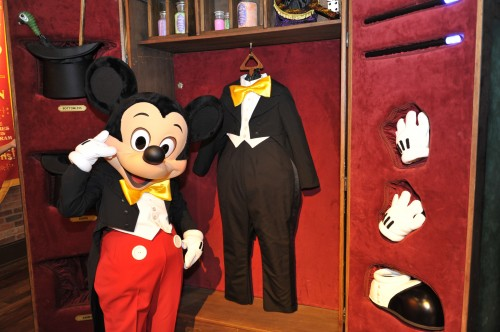 Magician Mickey Mouse Now Greeting Guests at New Magic Kingdom Location 1