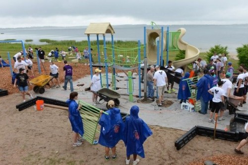 Disney Voluntears build a playground in one day