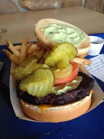 black-bean-veggie-burger