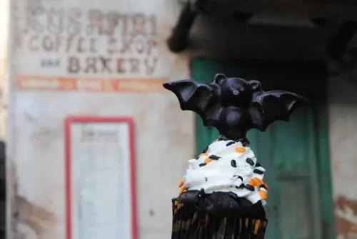 Animal Kingdom Bat Cupcake