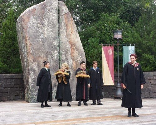 Frog Choir performs in The Wizarding World of Harry Potter-Hogsmeade