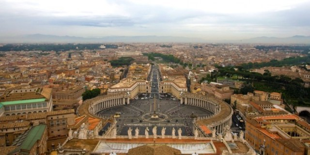 adventures-by-disney-europe-italy-hero-03-vatican