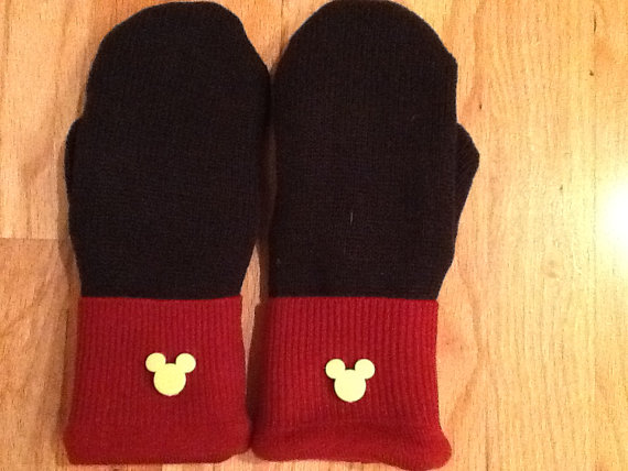Mickey Mittens