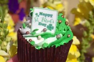 st patrick's cupcake