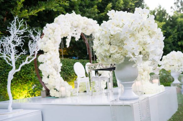 """Say """"I DO"""" to This 'Frozen' Inspired Disney Wedding 3"""