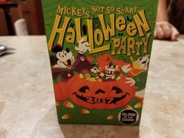 First Look At Event Exclusive Mickey's Not-So-Scary Halloween MagicBand 3