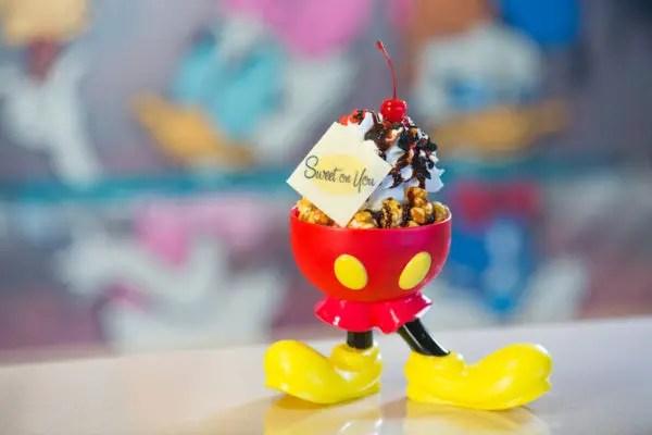 Disney Fantasy's Sweet on You Celebrates Mickey and Minnie 3