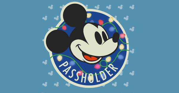 Holiday Passholder Magnet