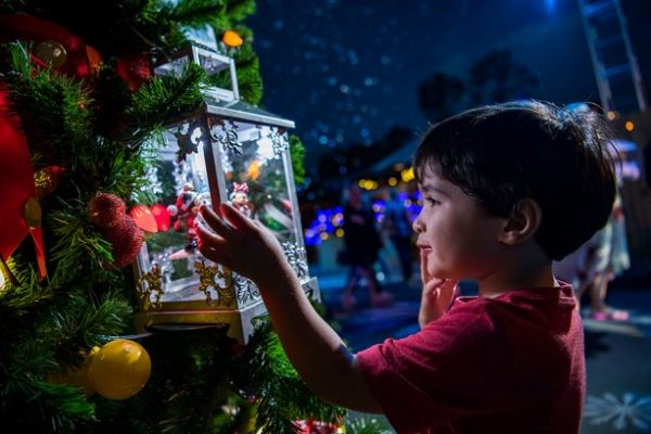 Disney Springs Christmas Tree Trail Now Has Extended Hours 2