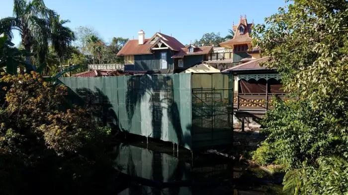 Adventureland Veranda Back Deck