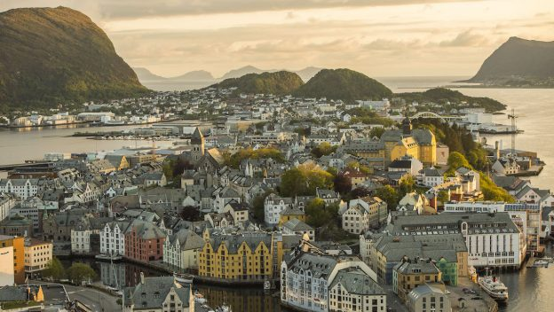 Explore The Cities Of Norway With Disney Cruise Line 1