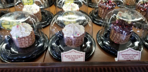 A Wrinkle in Time Cupcake Now at Hollywood Studios 3