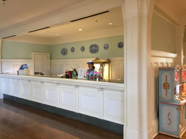 New Snack Bar at Disney's BoardWalk Inn 3