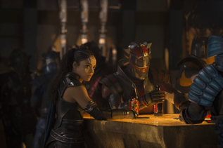 'Thor: Ragnarok:' Behind the Scenes, Interesting Facts, and Easter Eggs! 3