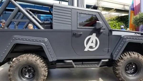 Fans Encounter Black Panther at Disneyland 2