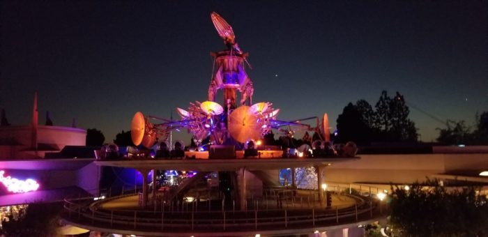 Checking Out The Tomorrowland Skyline Lounge Experience At Disneyland 5