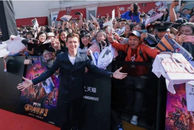 Avengers: Infinity War Stars Make An Appearance at Shanghai Disney 6
