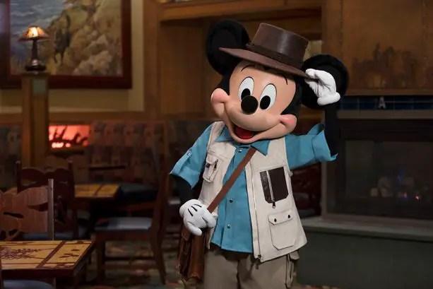 Disneyland Resort Hotel Character Dining