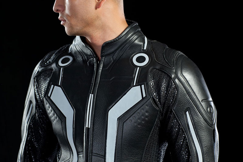 The Quorra suit will only have 500 made and it will retail for $899. Now if only we could find a grid to motor around on. & Sam Flynn and Quorra TRON Replica Suits Now Available u2013 Chip Chick