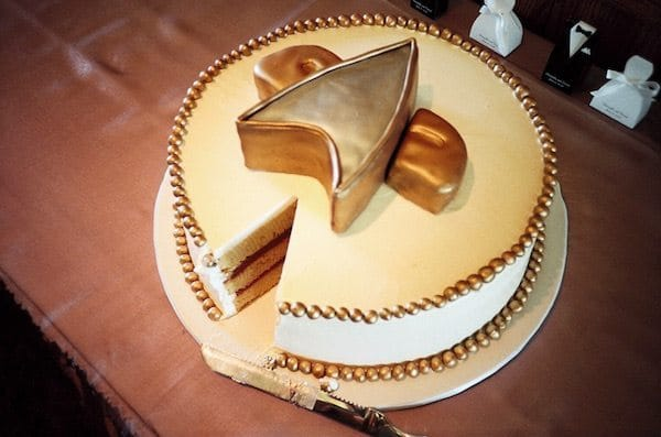 Star-trek-wedding-cake-idea