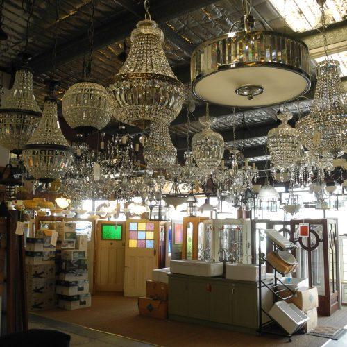 chandelier chandeliers