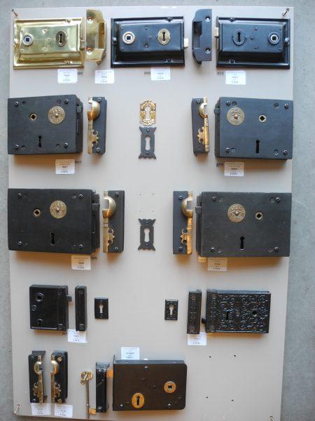 Locks and Keepers