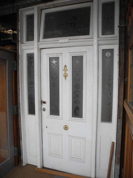 Original Victorian Front Entrance way