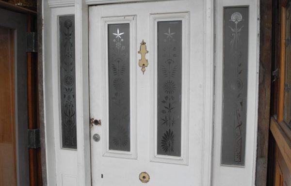 Original Victorian Front Entrance way  048