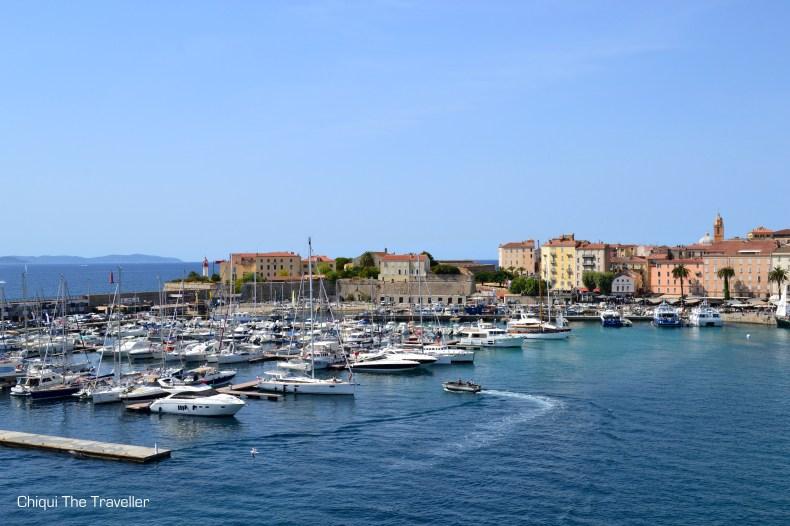 Puerto de Ajaccio Corcega