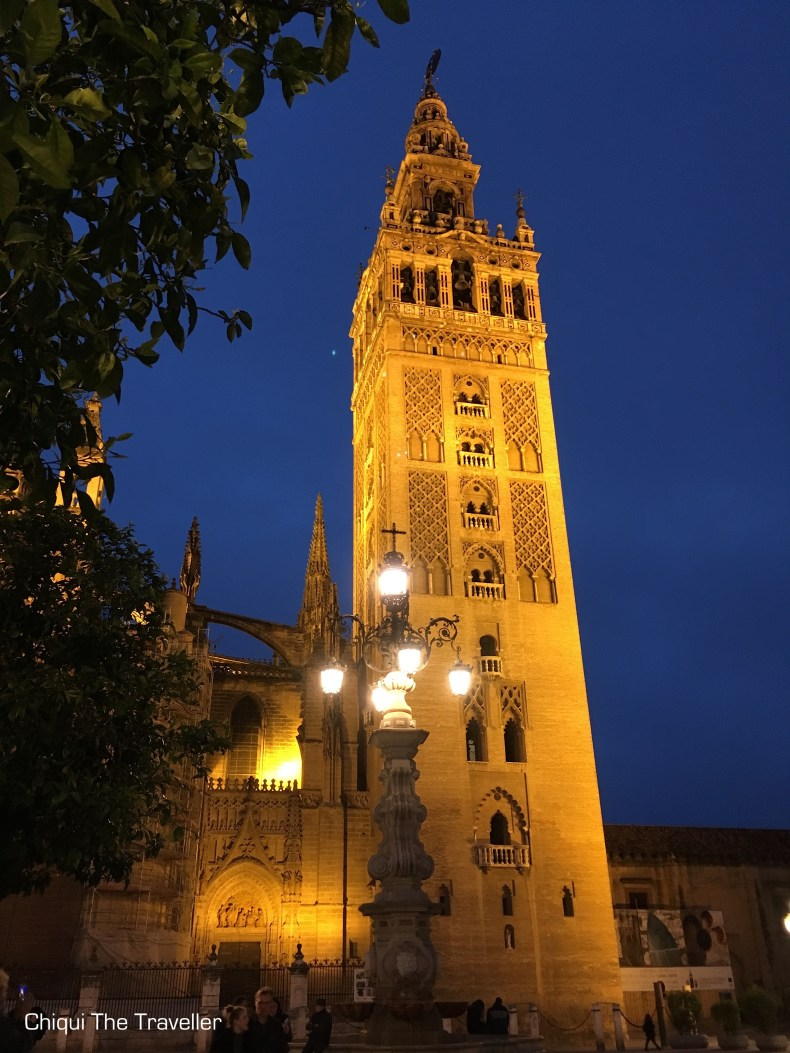 Giralda de noche Sevilla