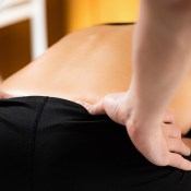 Osteopath VS Chiropractor: Treatment similarities and differences