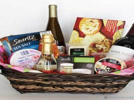 Creative Gift Basket Ideas