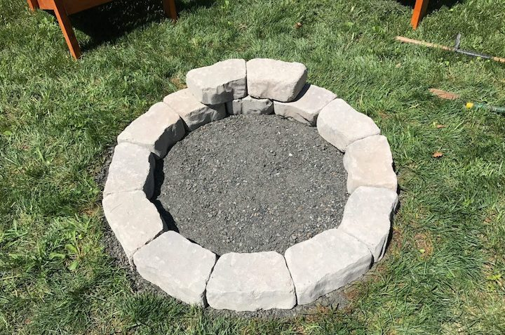 stacking circle for pit with flagstone wall blocks