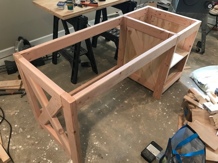 putting together up farmhouse desk
