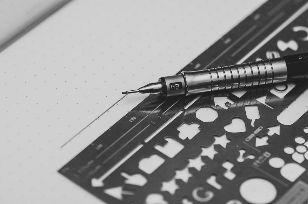 モノサシとペン