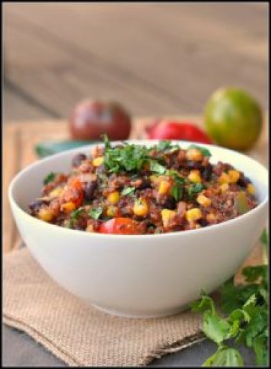 frijoles negros con quinoa
