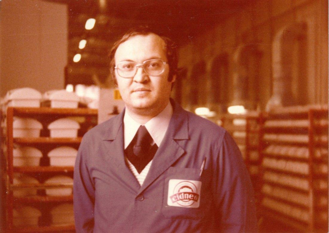 Il signor Scolari, dipendente della fabbrica Cidneo