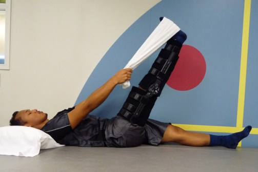 acl-exercises-supine-hamstring-2B