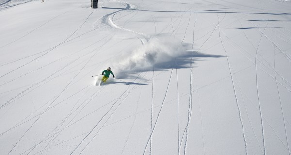 Hilaree O'Neill skiing Telluride