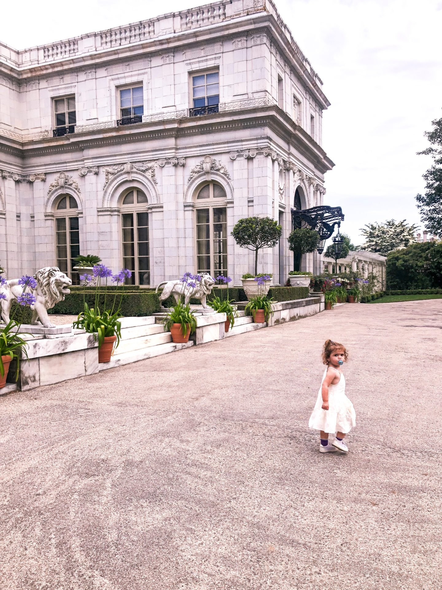 Lifestyle Blogger Chocolate & Lace shares her trip to Rose Cliff Mansion in Newport, Rhode Island.