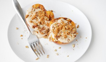 Skinny Grilled Peaches and Cream