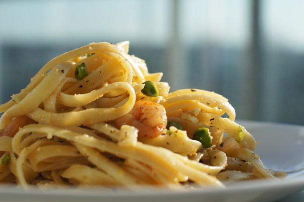 Lemon Fettuccine Pasta Garlic Shrimps Recipe