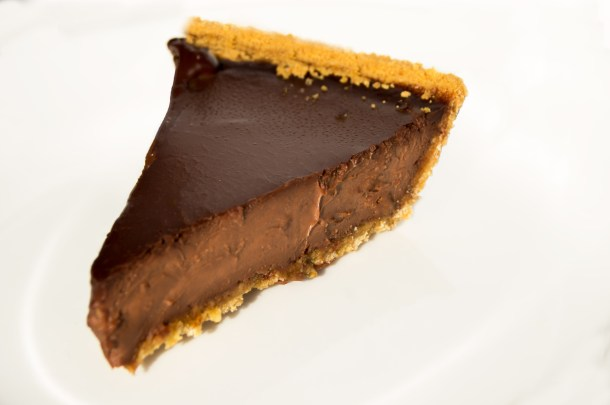 Chocolate Pie, Chocolate tart, pie, tart, chocolate, recipe, easy, pi day, pie day, yummy, food blog, food, foodie, french, pastry, dessert