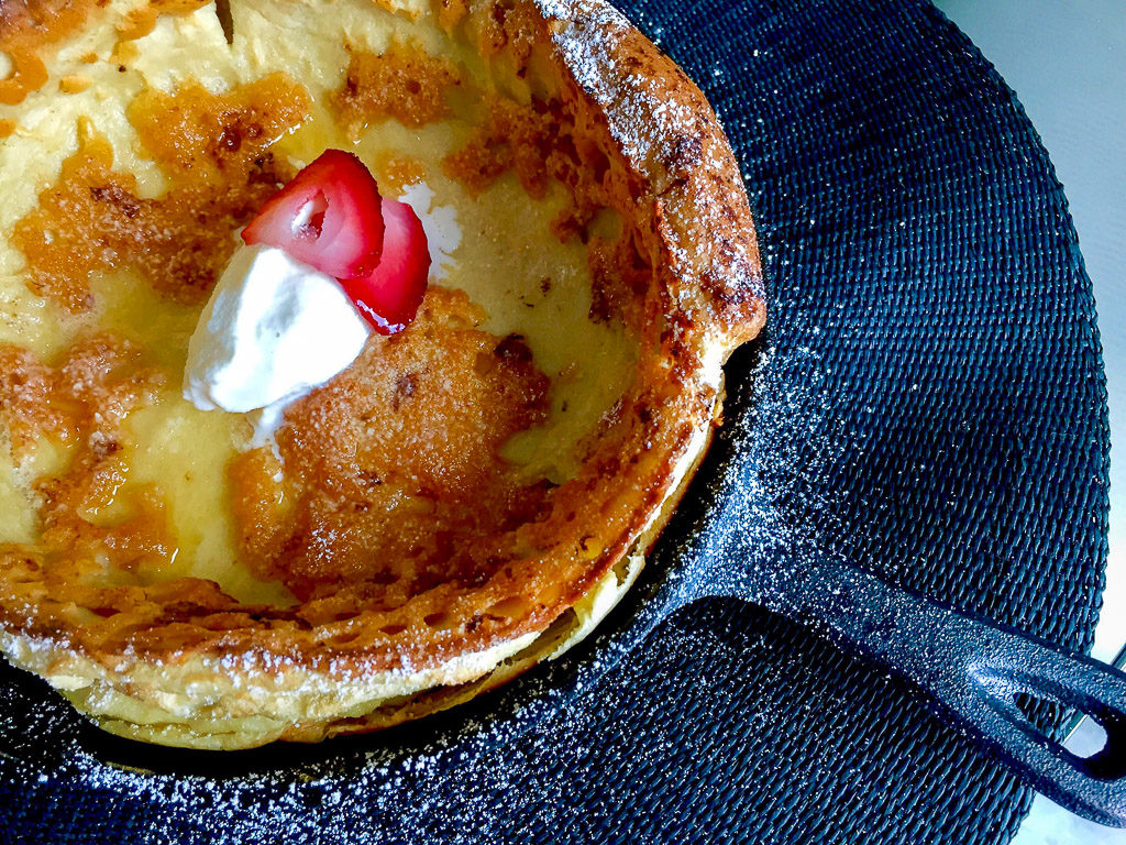 Dutch Baby Pancake, Dutch Baby Pancakes, Pancakes, Dutch baby recipe, dutch baby pancake recipe, easy pancake, fluffy dutch baby pancake, fluffy dutch baby, dutch baby strawberry, german pancake, german pancakes, chocolates and chai, chocolates & chai