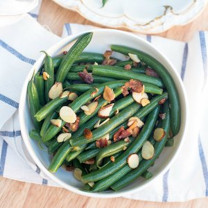 Green-Beans-Almonds-Bacon-Recipe-165-600px