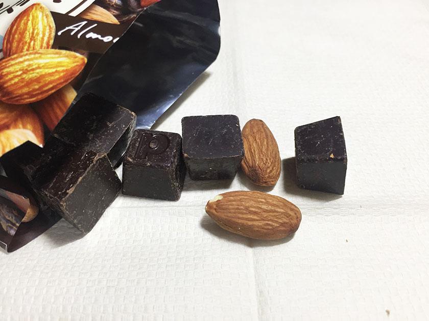 『メイトー』の「チョコレート週間ハイカカオ&アーモンド」アーモンドチョコじゃなかった