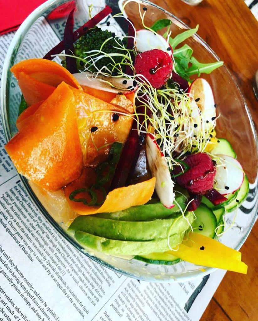 pokeroad-genevoise-pokebowls-poke-bowl-geneve-blog-choisis-ton-resto-suisse-restaurant