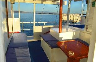 Lounge area Golondrina Yacht