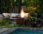 Garden lights make the night garden come to life