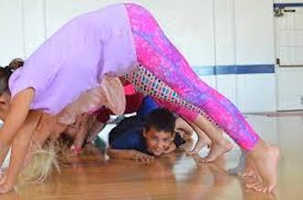 Yoga with kids: Ocean theme